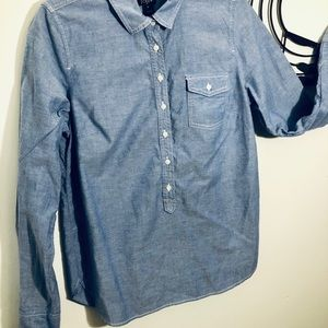 3/$10 // J CREW Buttoned Long Sleeve